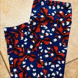 Lularoe Christmas Candy Cane Leggings. Size OS